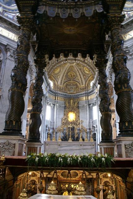 Rzym Bazylika Św. Piotra baldachim Berniniego