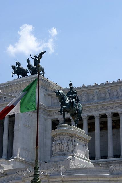 Rzym Piazza Venezia pomnik Vittorio Emanuele II