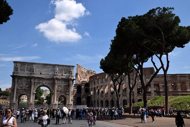 Łuk Konstantyna Wielkiego (Arch of Constantine), Rzym, Włochy