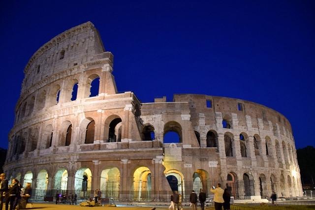 Koloseum (Colosseo), Rzym, Włochy